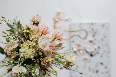 kaboompics_A bouquet of flowers