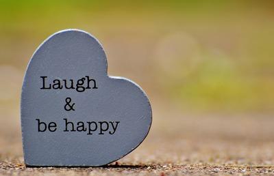 laugh-1391101_1920