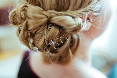 kaboompics_Close-up of a blonde woman's bun